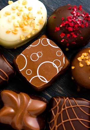 حلويات وشوكولاتة